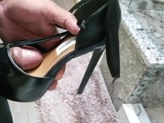 Fucking and cumming stevemadden heels