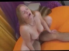 Very Horny Teen Chubby Plumper GF loves to get fucked-3