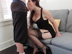 INCREDIBLE BLOWJOB FROM A HOT CAM MODEL