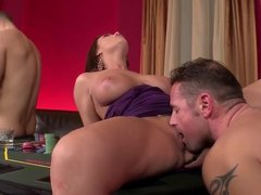 2 casino Hookers get Double Penetrated and Gag on cock