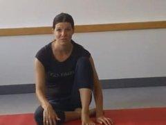 yoga toe flexing