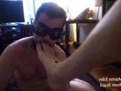 Slave guy licks my sweaty feet