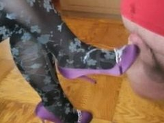 footjob with high heels until cum all over shoes