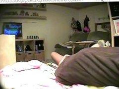TEEN CAUGHT MASTURBATING IN BEDROOM (HIDDEN CAM - PEEPHOLECAM 032513)