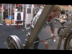 Female Bodybuilder Gym & Posing