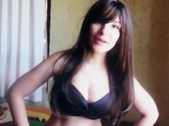 video en bikini