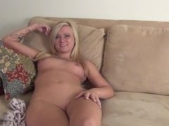 young blonde maxi only 20yo naked and new shoot in her real iowa apartment