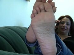 Raven's Candid Stinky Soles