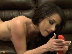 Jennifer White masturbates for you with vibrating toy