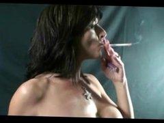 Raquel Amato Smokes 120s Nude