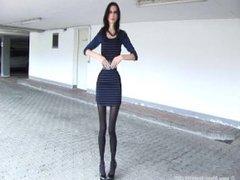 stunning waist and heels
