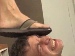 Feet Worship in Flip-flops