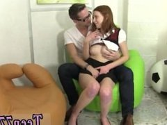 Mommy loves teen pussy Redhead Linda penetrated by dude