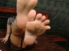 Sandra feet tickle