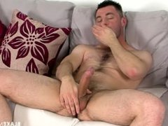 Jerking off and cums on his hairy body