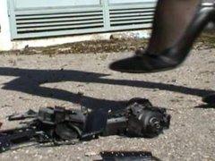 Giantess Crushes Truck Under Heels