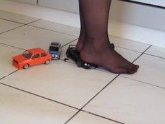Crushing Toys cars in Nylon
