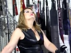 Domme Smoking Leather Gloves