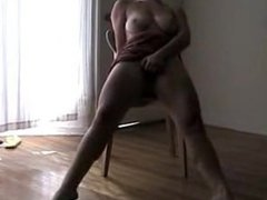girl on chair solo squirt