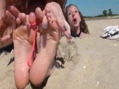 beach tickle - bella