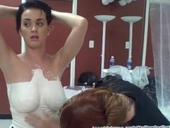 Katy Perry's boobs in HD