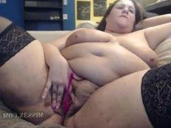 Big pretty mommy need my cock