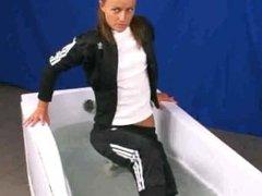 sport clothes tub