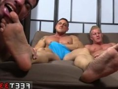 Thug fucked in crying gay porn sex Ricky Hypnotized To Worship Johnny &
