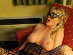 Kinky masked MILF having fun with a BBC