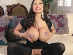 Ava Devine - The Ultimate Stretch