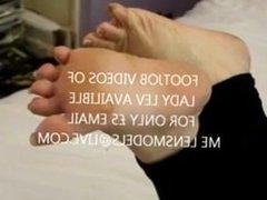 Lady Lev natural long toenails