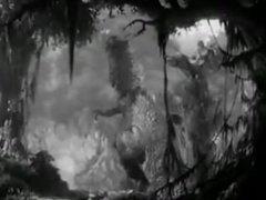 King Kong Dominates T-rex tears jaws apart crushes skull