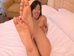Angelina Chung Flat Feet 2