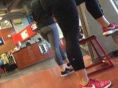 Candid yoga pants gym ass