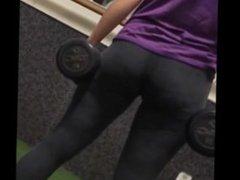 Candid yoga pants ass jiggle