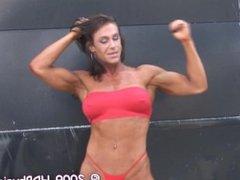 A.G. Fem Muscle Video