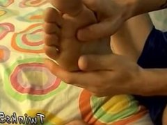 Legs apart gay and school gay boys feet fetish sex videos Using A Sock As