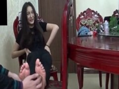 chinese feet tickle
