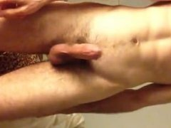 Fit guy jerking off