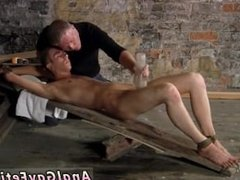 Black gay twink screams and twinks kissing and fondling tubes British