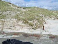 Public beach wank