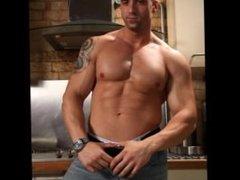 Muscle Hunk Fabricio