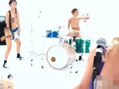 BLINK 182: SHES OUT OF HER MIND music Video