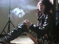 Smoking - Leave me Alone