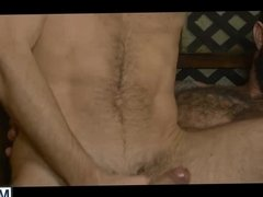 Jessy Ares score shy Spaniard Dario Beck and pounds him