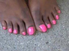 Hood Chick Pink Toenails