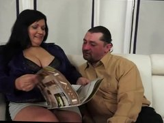 bbw mature whore with huge ass gets her anus stretched