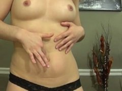 Hot Lady loves her belly button filled with cum