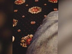 Auntys candid feet faceshot
