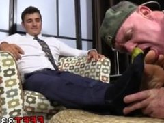 Gay sex with tranny Matthew's Size ten Feet Worshiped